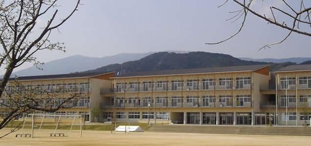 小城市立小城中学校